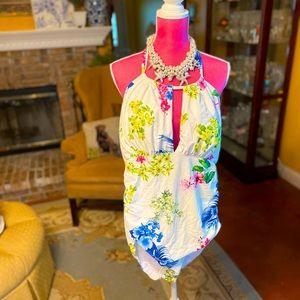 GORGEOUS NEW Flattering Floral Suit XL